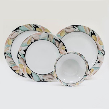 Service de table en porcelaine de Bavière